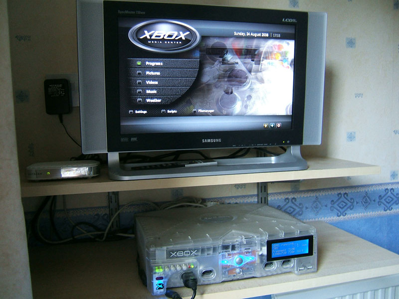 bedroom-media-centre-august-2008.jpg